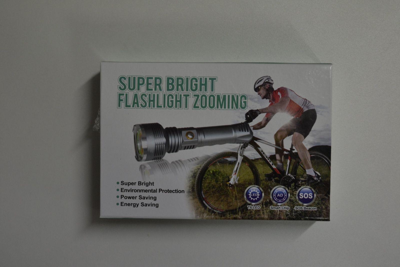 Aku svítilna super bright flashlight zooming