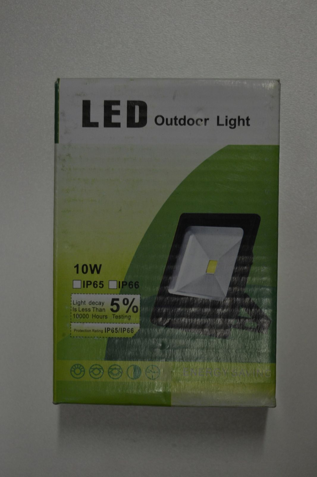 LED HALOGEN - 10W plochý - ÚSPORA ENERGIE