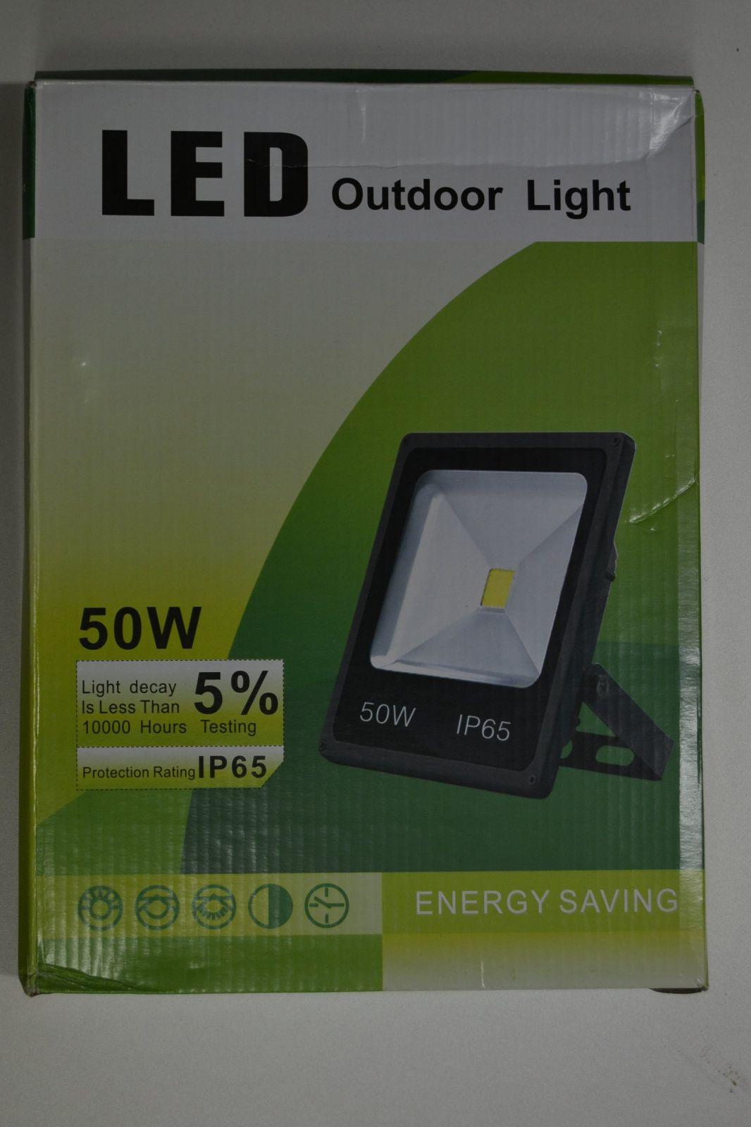 LED HALOGEN - 50W plochý - ÚSPORA ENERGIE