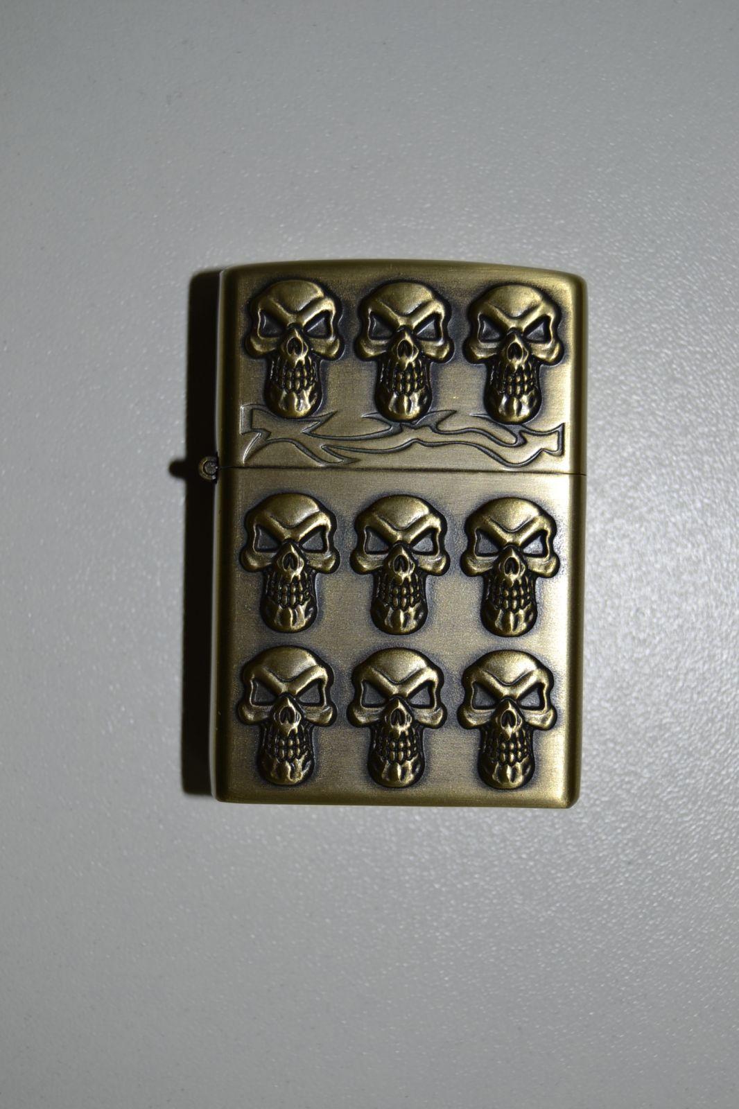 BENZÍNOVÝ ZAPALOVAČ Č.25 - skull