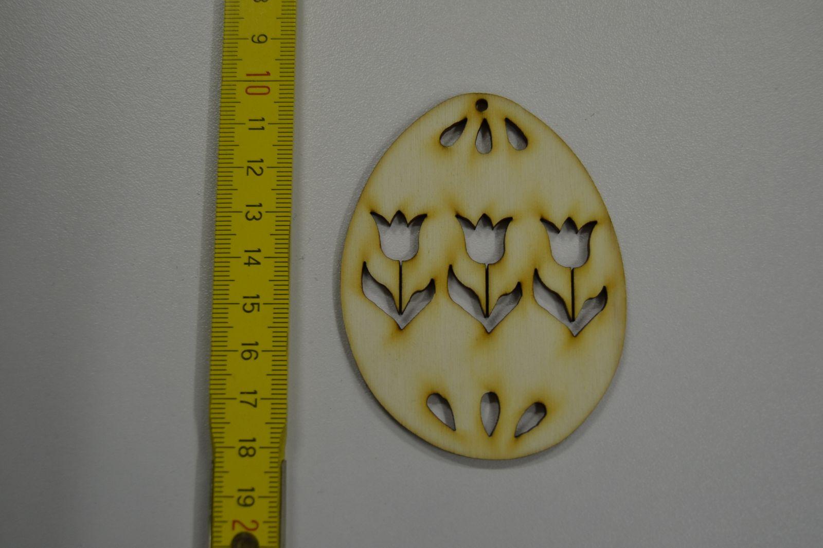 Dřevěná ozdoba - velikonoční vajíčko s tulipány - VE20