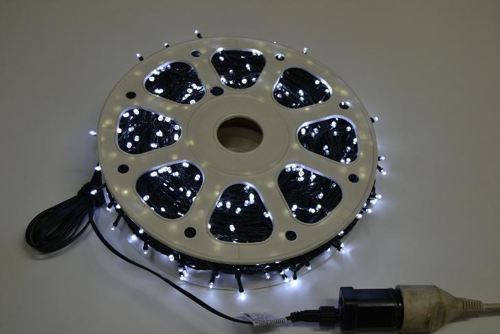 VENKOVNÍ VÁNOČNÍ OSVĚTLENÍ 1000 LED - BÍLÉ