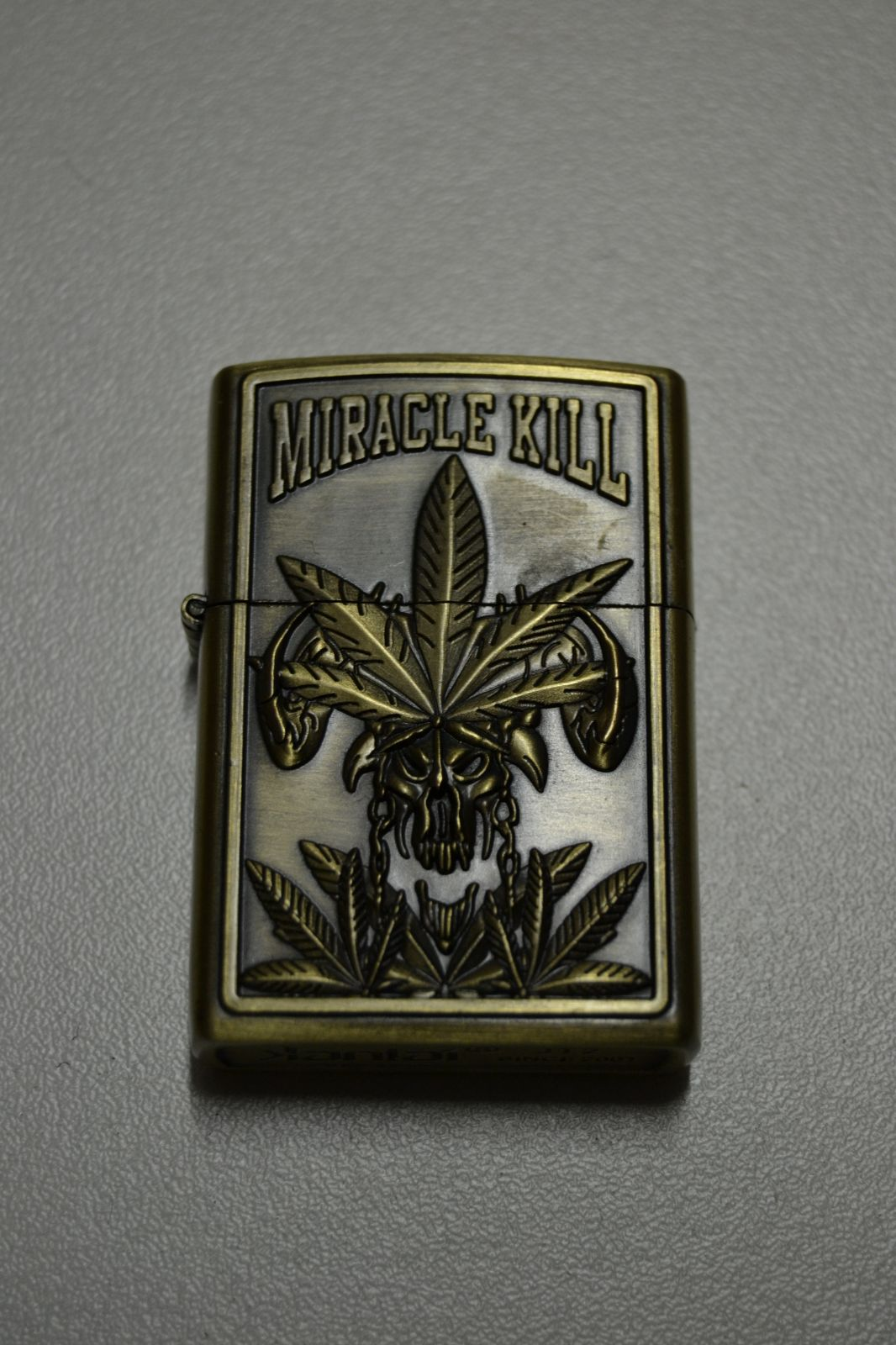BENZÍNOVÝ ZAPALOVAČ Č.14 - cannabis miracle kill