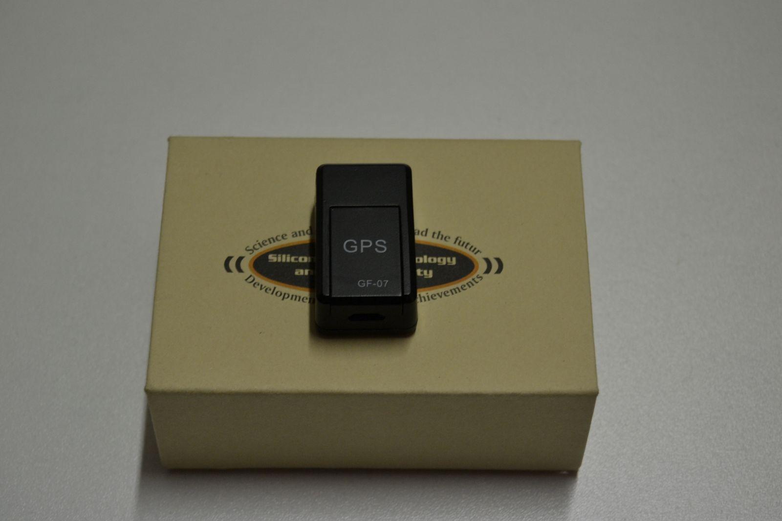 Magnetický GPS lokátor GF -07