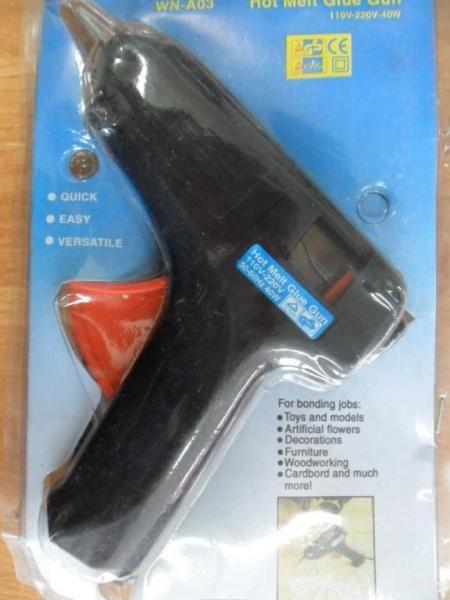 Tavná lepící pistole 40W