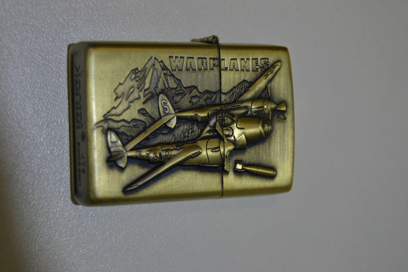Benzínový zapalovač č. 76 war planes - letadlo