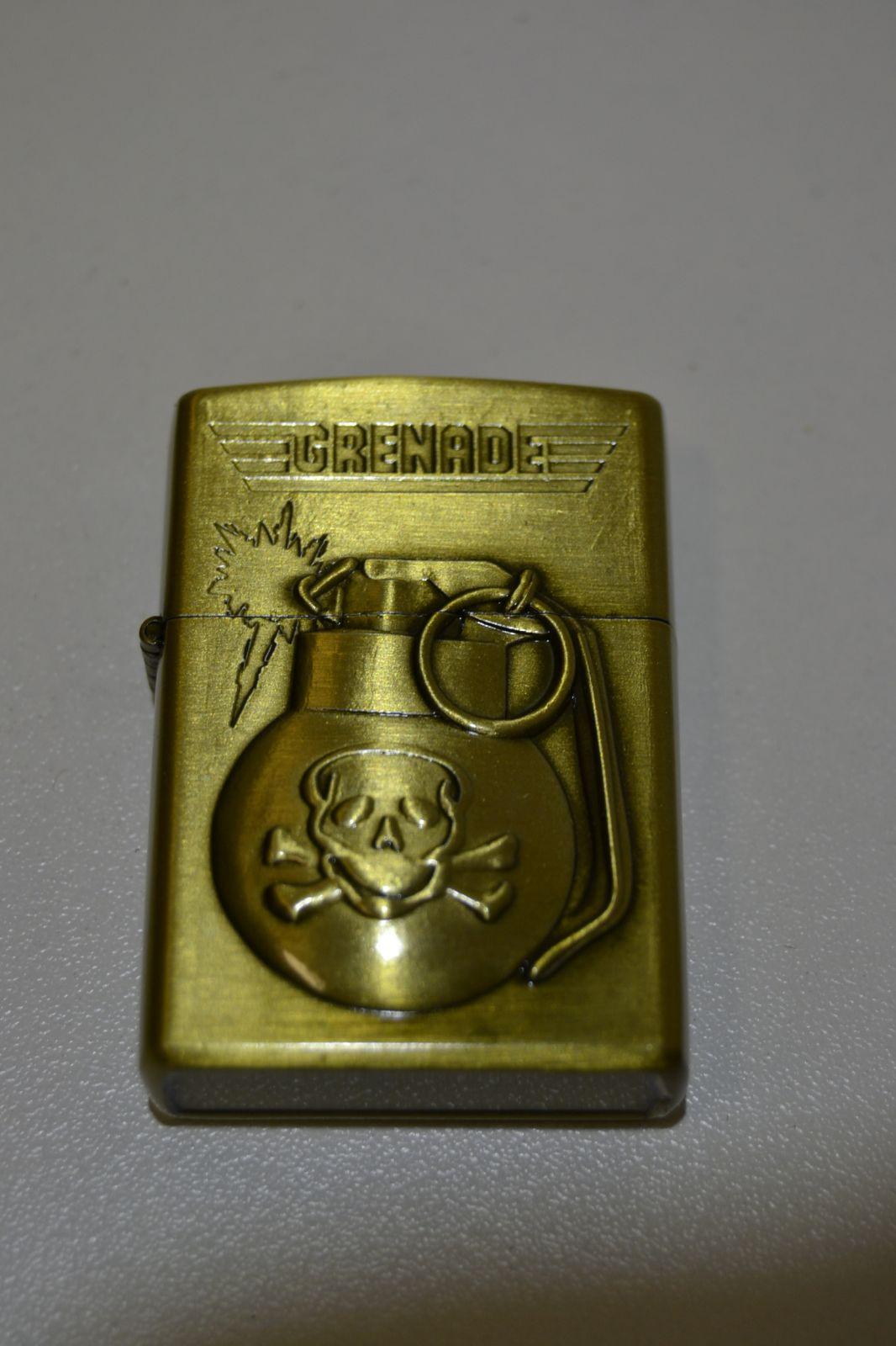 Benzínový zapalovač č. 94 - granát - grenade