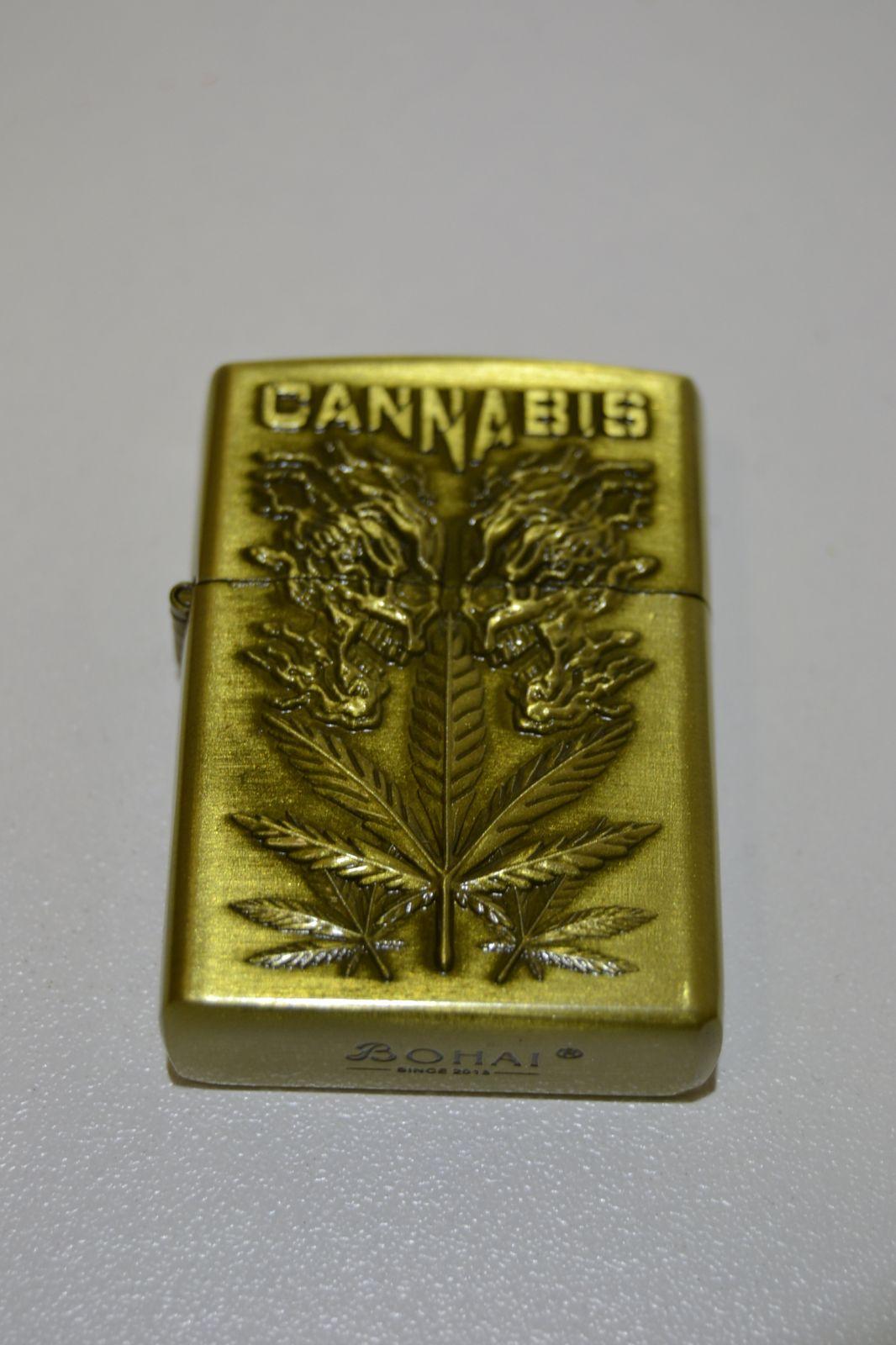 Benzínový zapalovač č. 96 -cannabis
