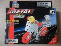 KOVOVÁ STAVEBNICE METAL - TYP MERKUR - MOTO 8808