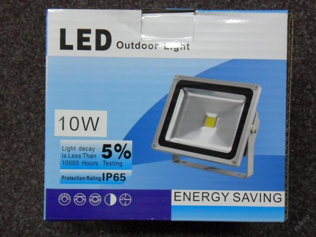 LED HALOGEN S ČIDLEM- 10W - ÚSPORA ENERGIE
