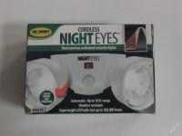 NIGHT EYES - ZÁVĚSNÉ LED SVĚTLO S ČIDLEM POHYBU